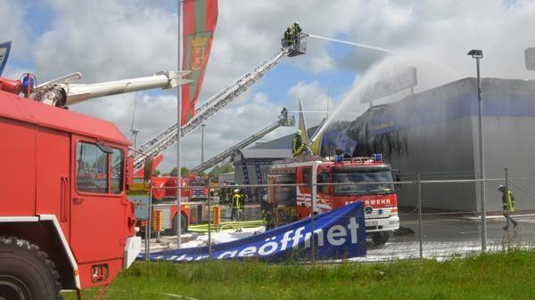 brand euronics in wittmund wieder in flammen nwzonline. Black Bedroom Furniture Sets. Home Design Ideas
